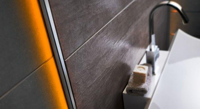 Wandscheibenbeleuchtung orange